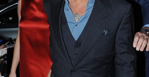 Johnny Depp ormai allo scoperto con la nuova compagna Amber Heard