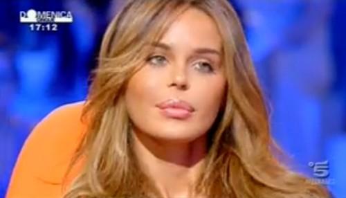 """Nina Moric a Domenica Live: """"io e Massimiliano Dossi miracolati"""""""