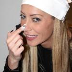 Karina Cascella diventa cuoca con Karina's Kitchen per WebSpot