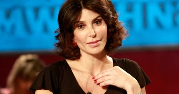 Carmen Di Pietro si lamenta del caro-scuola