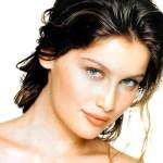 Laetitia Casta su Vanity Fair: Sono felice. Nella vita seguo l'istinto