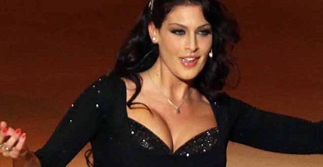Francesca Testasecca si è ridotta il seno