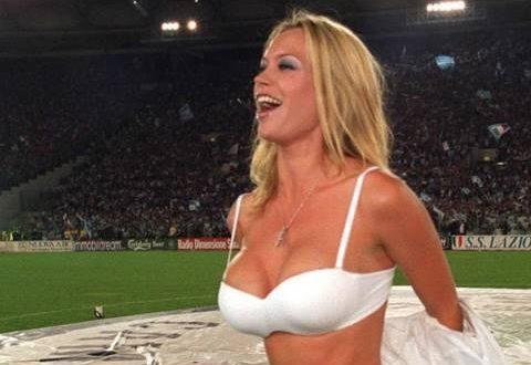 """Anna Falchi frustrata: """"Nessuno più mi invita in tv"""""""